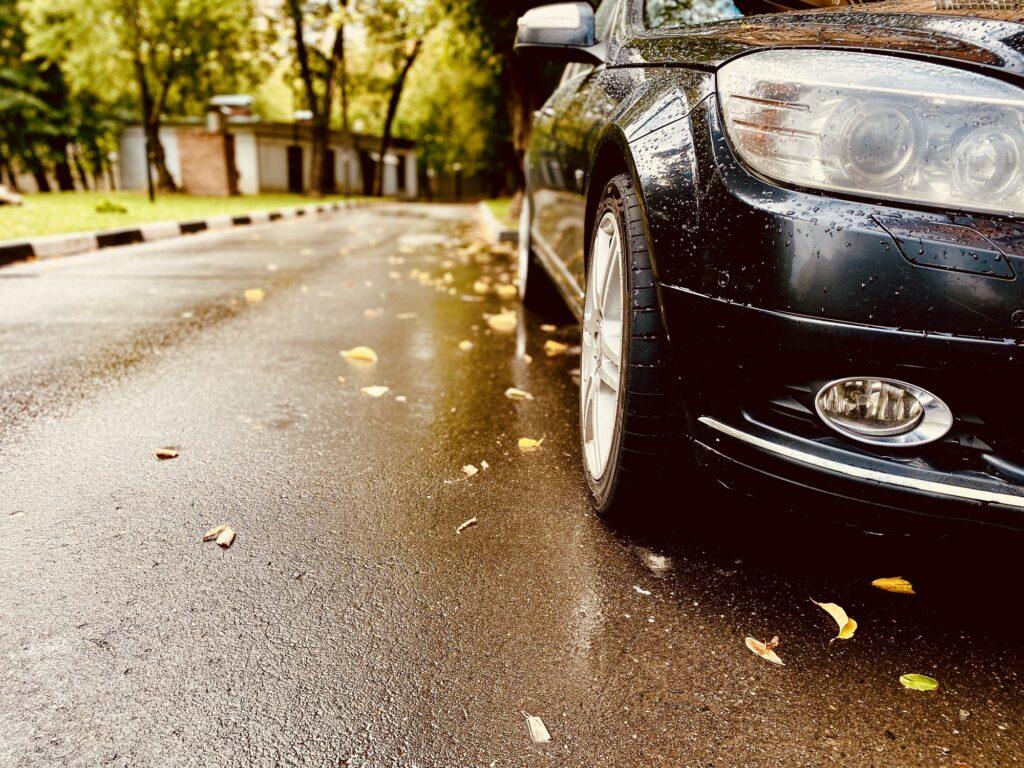 effects of seasonal changes on asphalt